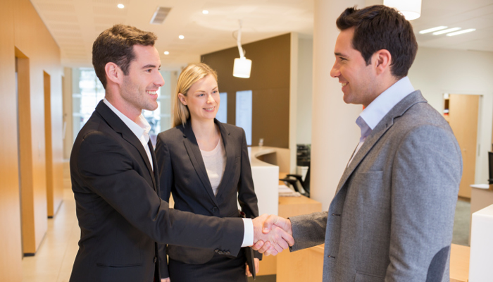 Real Estate Agents – Why You Need to Stand Apart From the Crowd